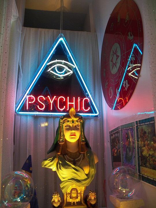 Best Psychic Readings Near Me - Find Reputable Psychics Near Open Now