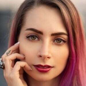 Detienen a una youtuber mexicana por pornografía infantil