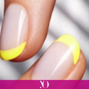 Las uñas de colores son para el verano, y la manicura francesa arcoíris es la más top