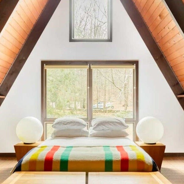 14 cabins, yurts, A-frames, and other unique Hudson Valley Airbnbs we're eyeing for a fall getaway