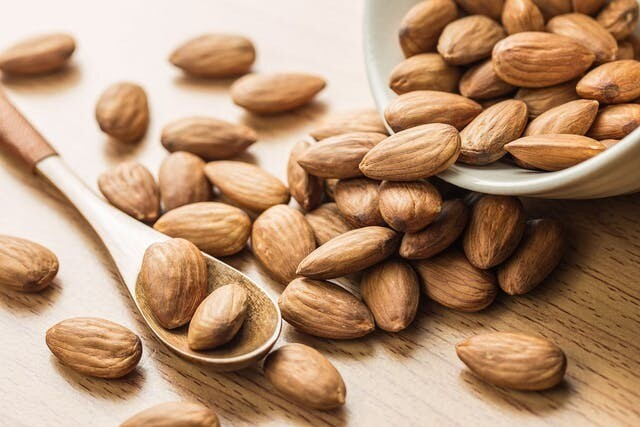 Health and Skin Benefits of Almonds