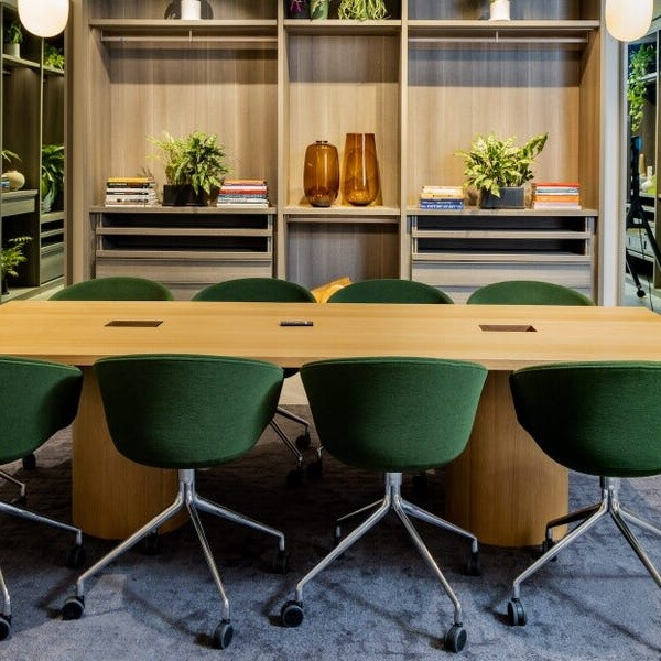 Some Saks Fifth Avenue and Lord and Taylor stores will become WeWork coworking spaces for $300 a month -see inside SaksWorks