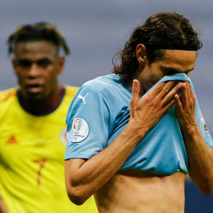 Edinson Cavani to miss Uruguay World Cup qualifiers as Prem clubs in battle over releasing players to red list countries