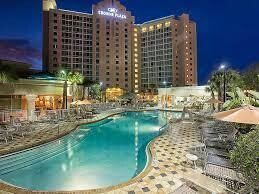 How do I make Crowne Plaza Hotel and Resort Reservations