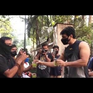 Sonu Sood Serve Juice to Media Photographers