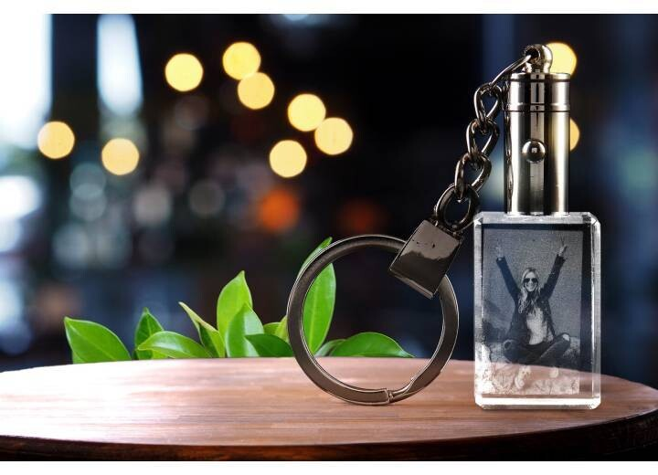 Buy 3D Crystal Key Chain Online | 3D Photo Gifts
