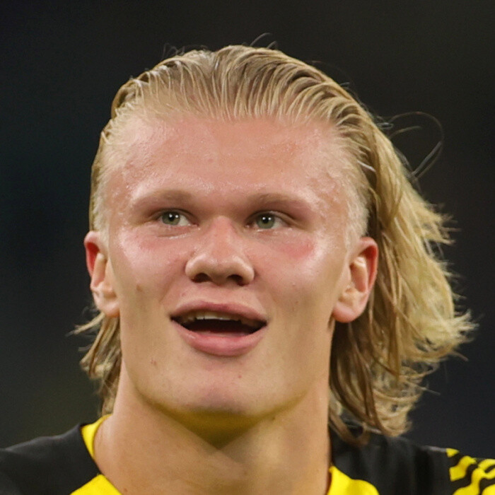 Man Utd face paying Erling Haaland eye-watering £825k-a-WEEK after Chelsea quoted staggering price for Dortmund star