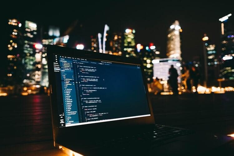 Object-oriented programming V/S Functional programming-A clash in 2021