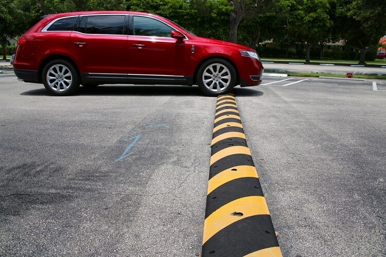 Speed Humps vs Speed bumps. What do you need?